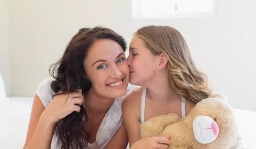 女孩子的胸部什么时候开始发育正常?