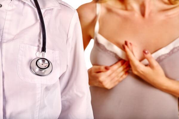 各阶段女性如何保养护理胸部呢?