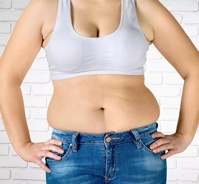 如何区分副乳还是肥肉?腋下这两坨肉让你显胖10斤!