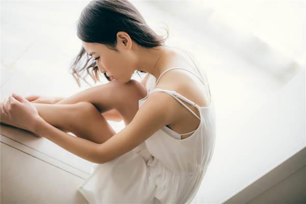 青春期女生使用束胸衣,有哪些危害你知道吗?