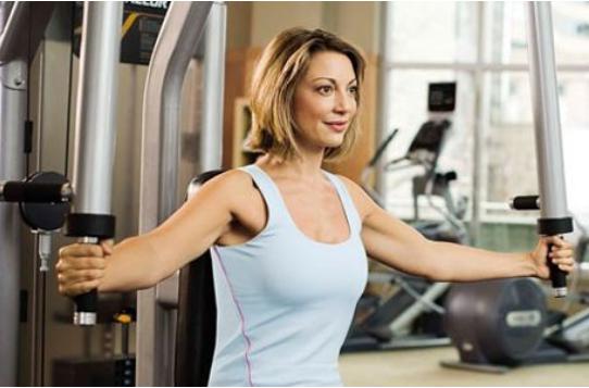 做什么运动可以丰胸,丰胸不仅仅是靠吃