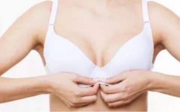 美胸保养法,小习惯打造完美曲线!