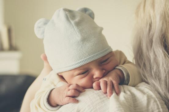 怀孕时老晚睡,宝宝也会变夜猫子吗?