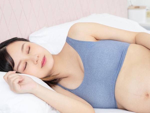 孕期三个阶段如何预防乳房变形?