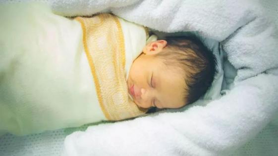 新生儿宝宝一天喂几次奶比较合适?