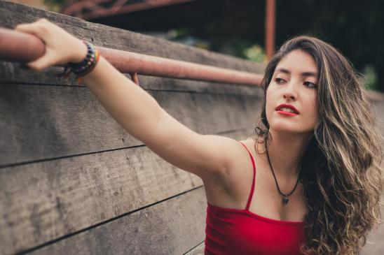 胸部下垂做什么运动能拯救?