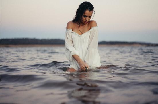 胸部扁平下垂怎么办?4个美胸技巧助你拥有性感大胸!